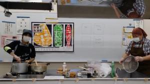 豆カレー製作中~