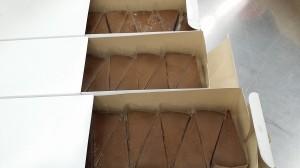 SOCJから届いた五洋食品チョコケーキ